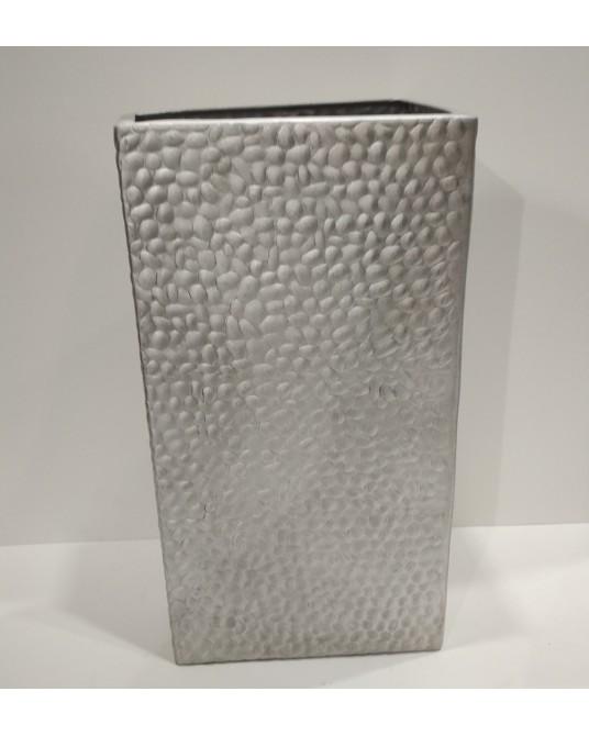 Jarrón metal diseño