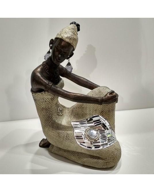 Figura Africana sentada